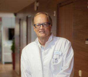 Martti Ala-Opas, urologian ylilääkäri