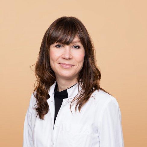 Kliinisten lääketutkimusten ylilääkäri Katriina Peltola