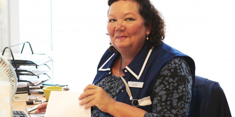 Docrates Syöpäsairaalan sairaanhoitaja Heini Koskinen