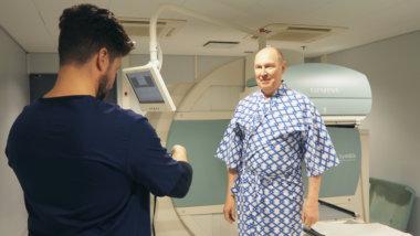 Patsient Aleksandr s rakom prostati